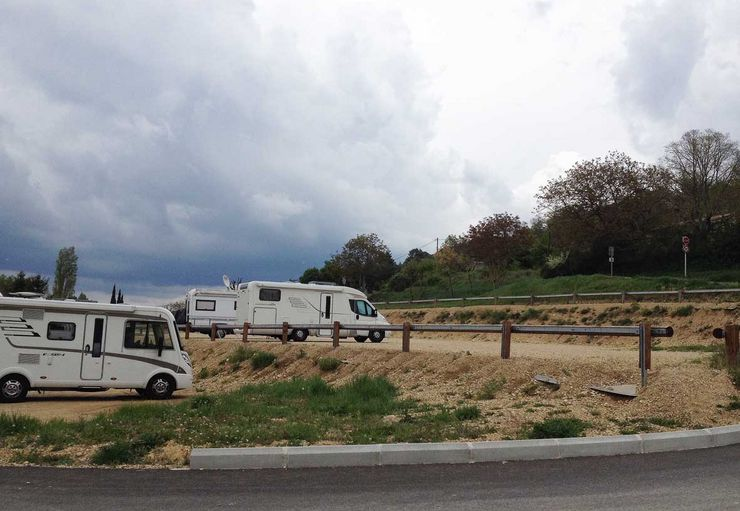 Aire Municipale pour Camping-Cars in Riez