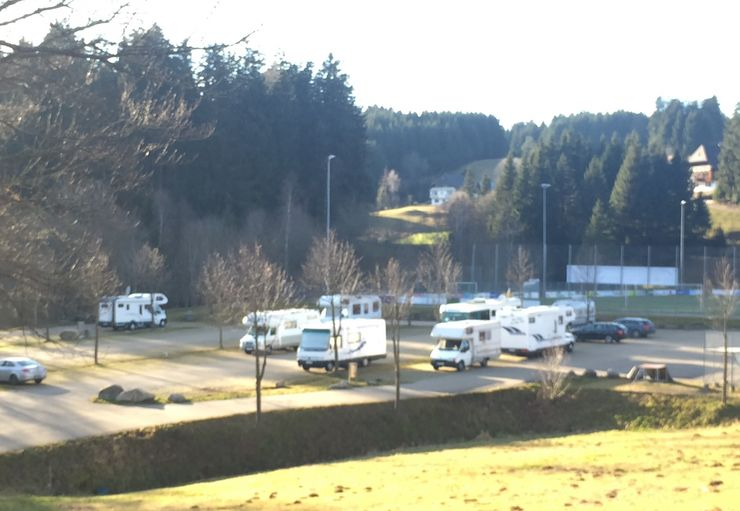 Stellplatz am Sportzentrum in Schonach